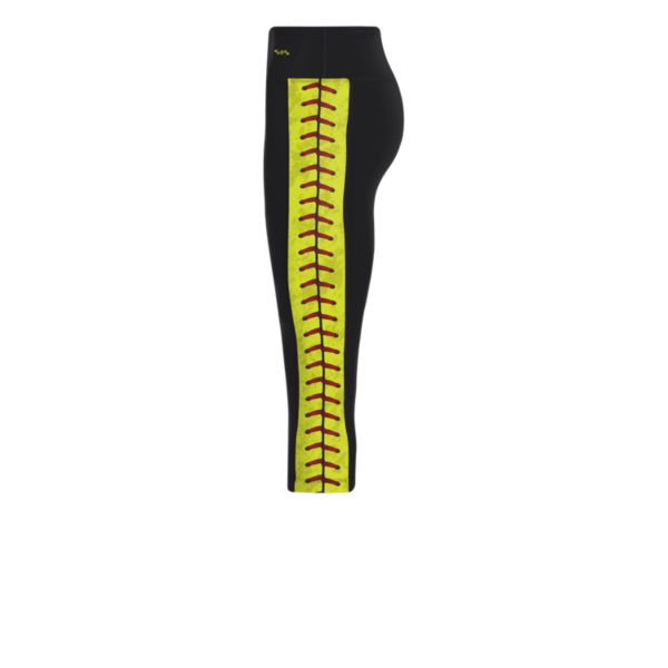 Women's Softball Stitches Achieve Capri